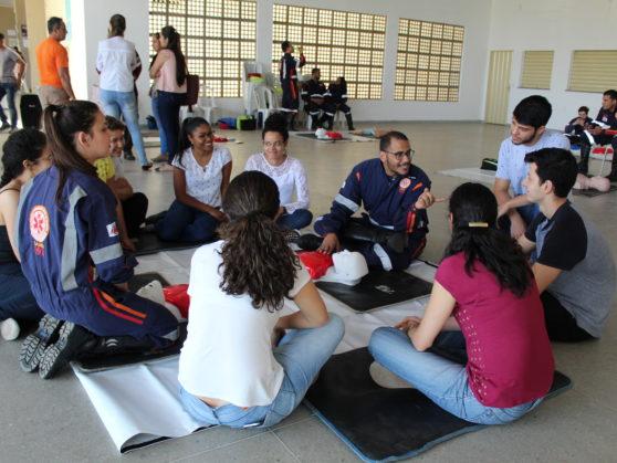 SAMU leva informação à comunidade acadêmica com capacitação